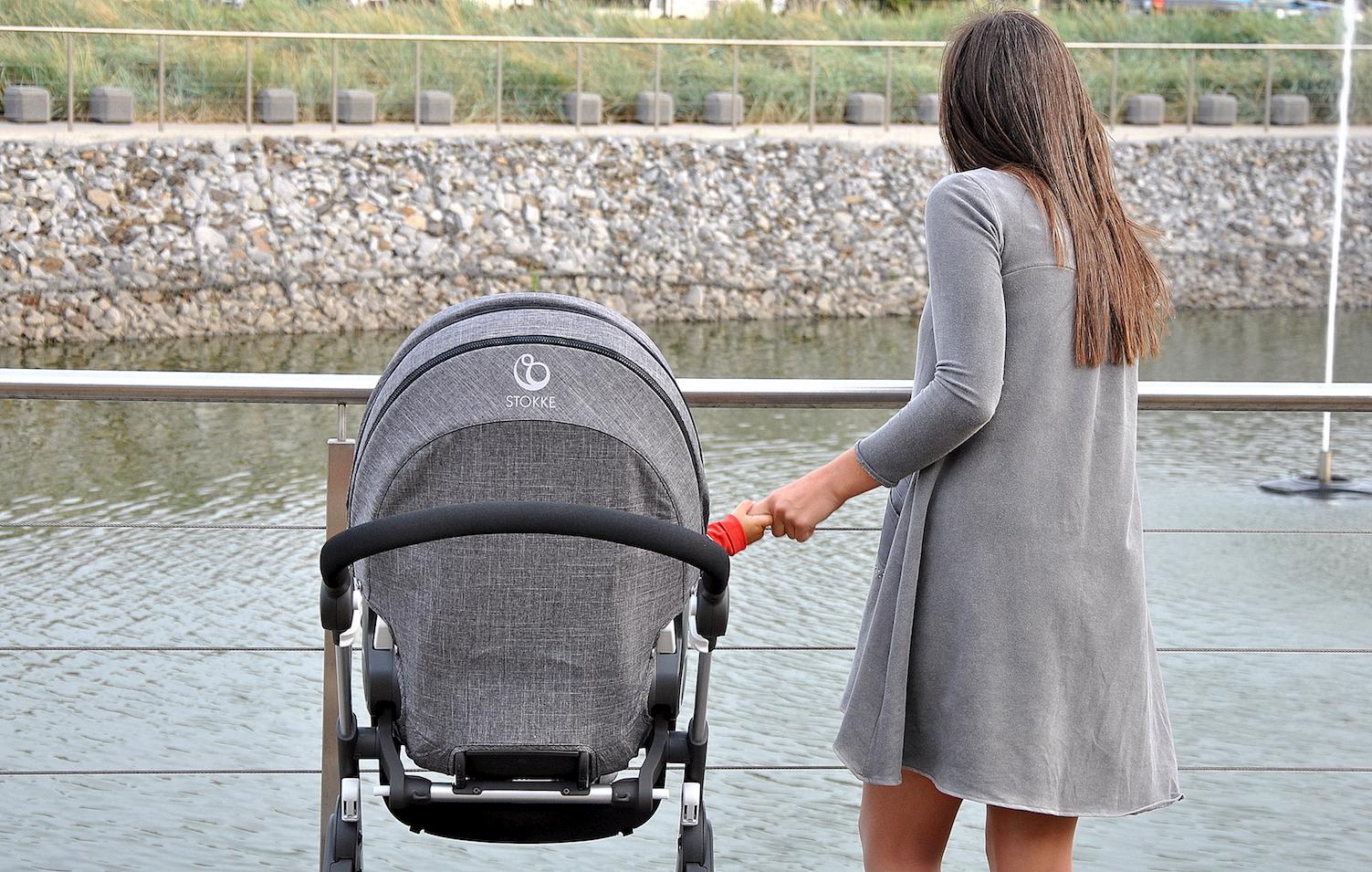 stokke trailz bliskość matki i dziecka