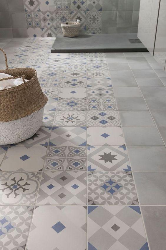 Mozaika w łazience. Zdecydowana klasyka.